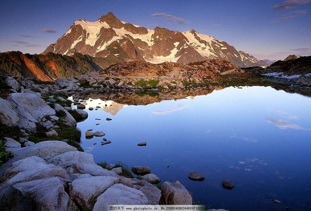 冰湖美景 冰湖 美景 蓝色 倒影 自然景观 山水风景 世界风光壁纸 摄影