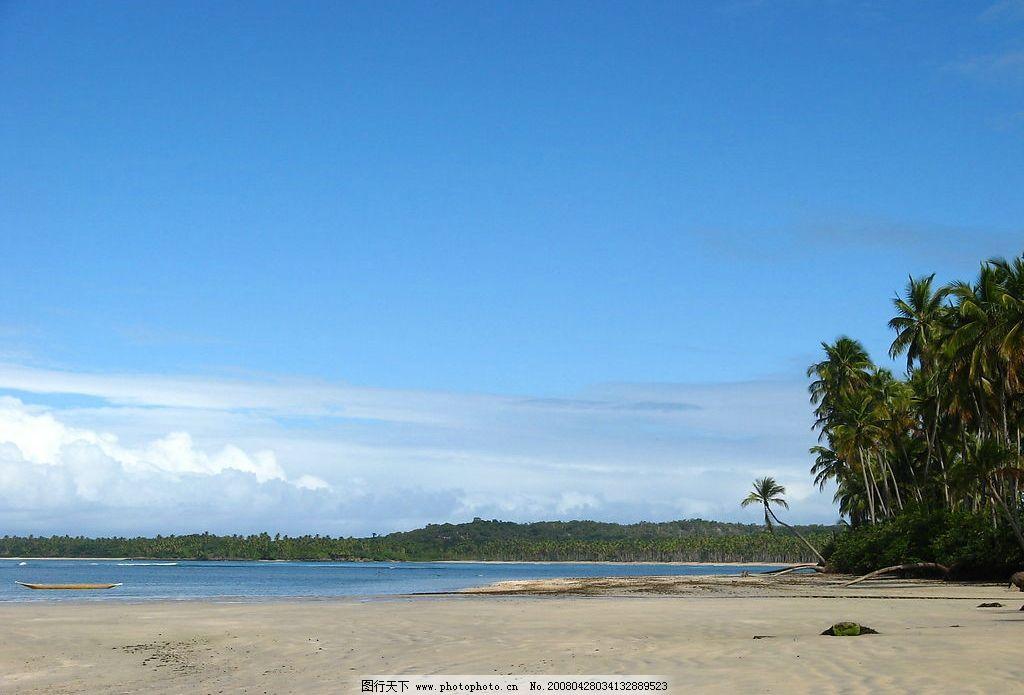 海边沙滩 蓝天 大海 旅游 度假 背景 椰子树 小船 旅游摄影