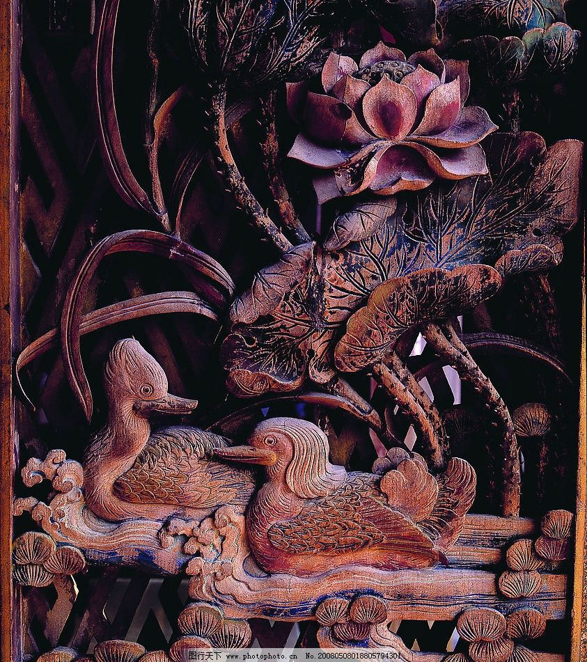木雕艺术 鸳鸯 鸳鸯戏水 荷花 菏叶 传统文化 传统艺术 艺术 工艺品