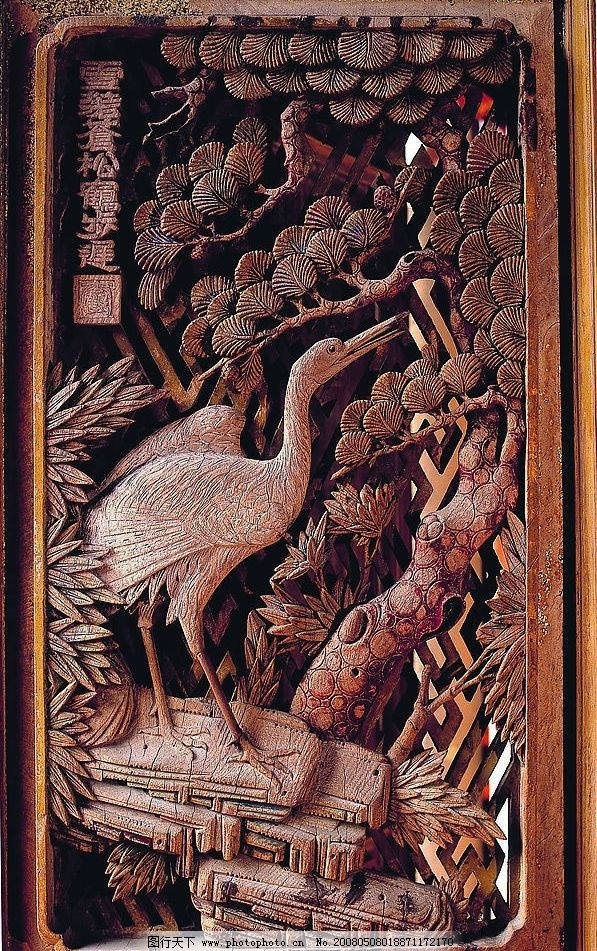 木雕艺术 雕塑 燕子寿 松树 鹤 松鹤同寿 花 传统艺术 工艺品