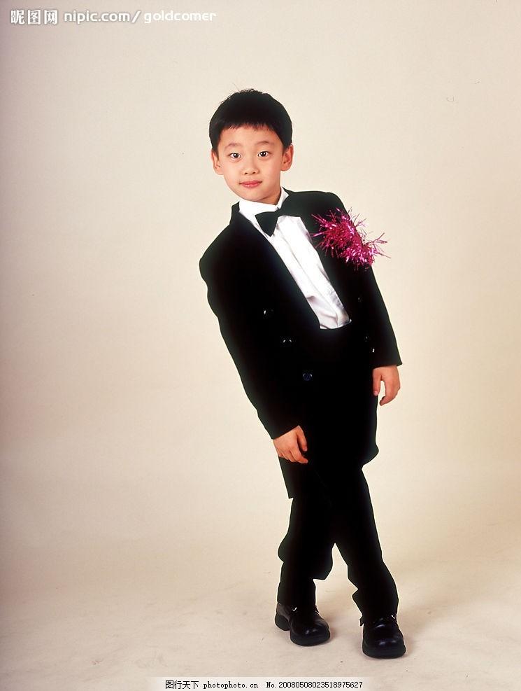 儿童百态 西装 白衬衣 小帅哥 摄影图库