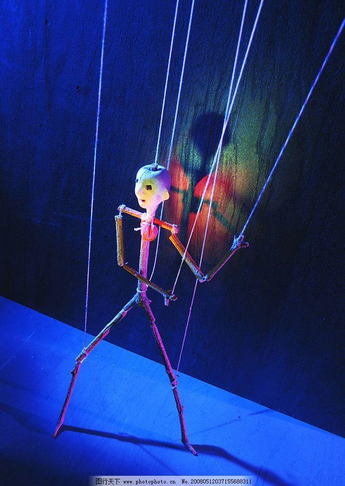 提线木偶 木偶 操控 蓝色光影