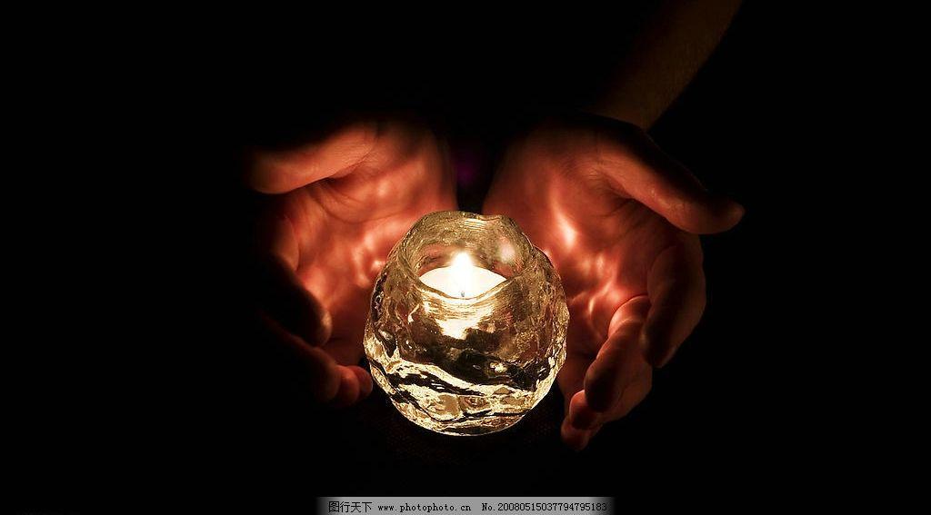 祈祷平安 双手 蜡烛 祈福 生活百科 其他 摄影图库 350 jpg