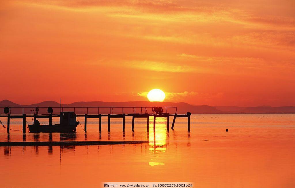 早晨的太阳 海边 朝霞 旅游摄影 自然风景 美丽风光素材 摄影图库