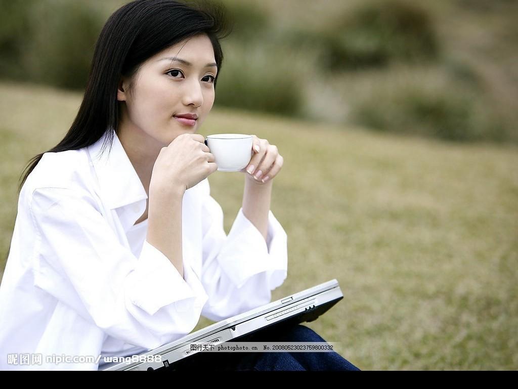 青春美少女之喝茶 青春美女 女性女人 人物素材 摄影图库