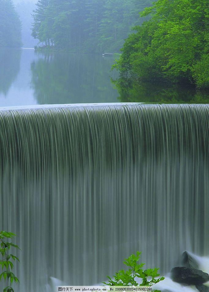 壁纸 风景 旅游 瀑布 山水 桌面 683_951 竖版 竖屏 手机