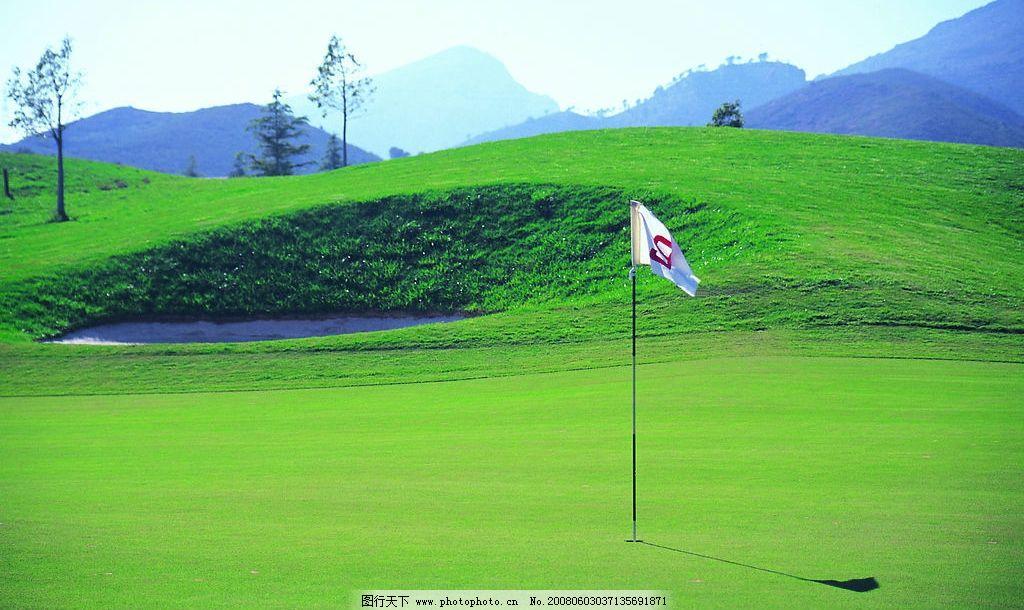 高尔夫球场 球场 球车 高尔夫 绿色 阳光 草地 人物 高清 高尔夫球具