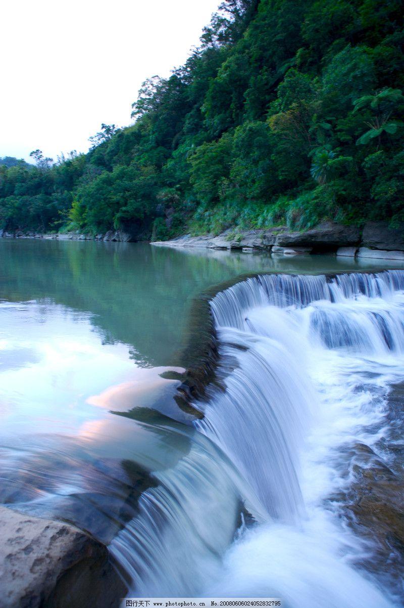 壁纸 风景 旅游 瀑布 山水 桌面 800_1202 竖版 竖屏 手机