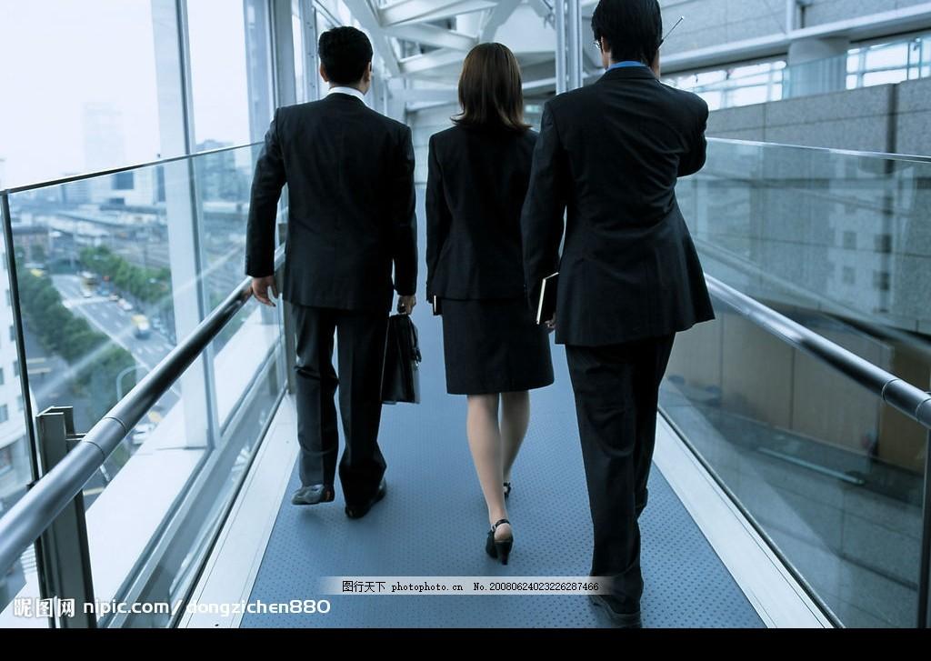 商务白领 商务 白领 行走 背影 人物图库 职业人物 摄影图库 350 jpg