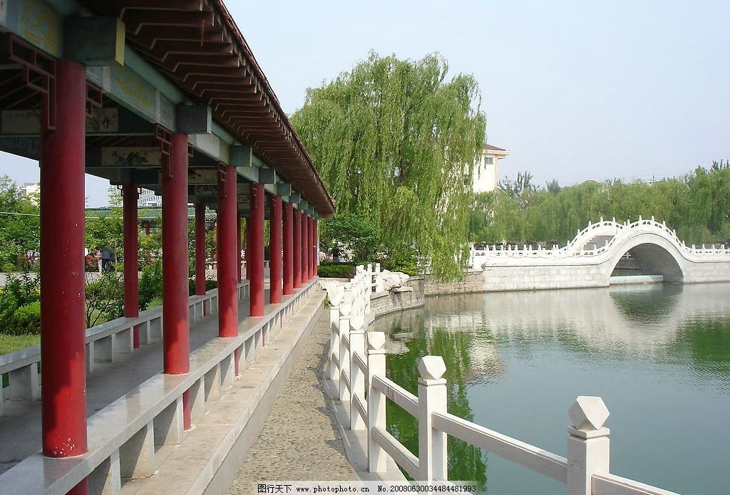 长廊 小桥 湖水 柳树 倒影 自然景观 山水风景 摄影图库 72 jpg
